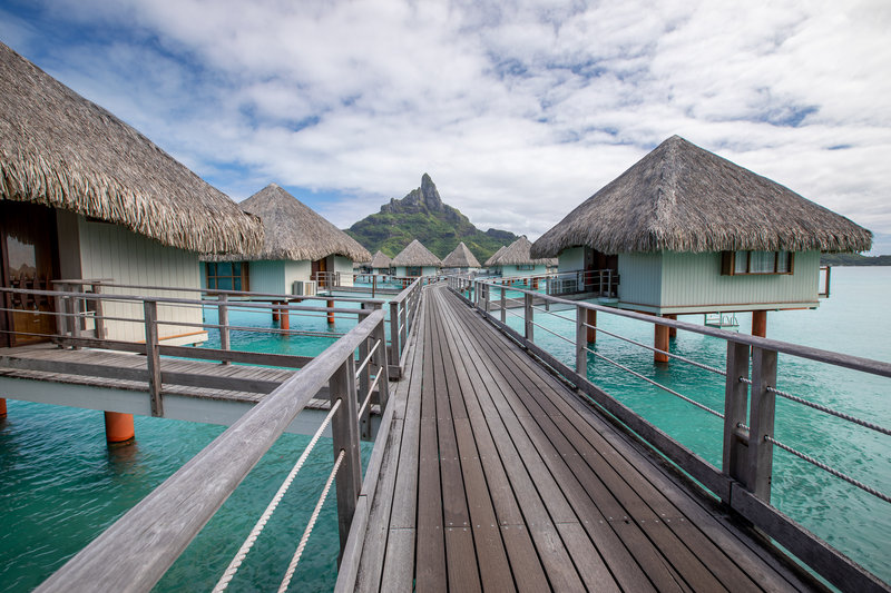 Le Meridien Bora Bora - Pontoons <br/>Image from Leonardo