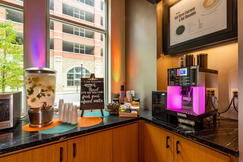 Aloft Louisville Downtown-re:fuel by Aloft<br/>Image from Leonardo