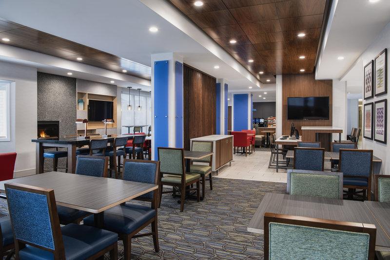 Holiday Inn Express Saskatoon Centre-Our newly renovated breakfast area<br/>Image from Leonardo