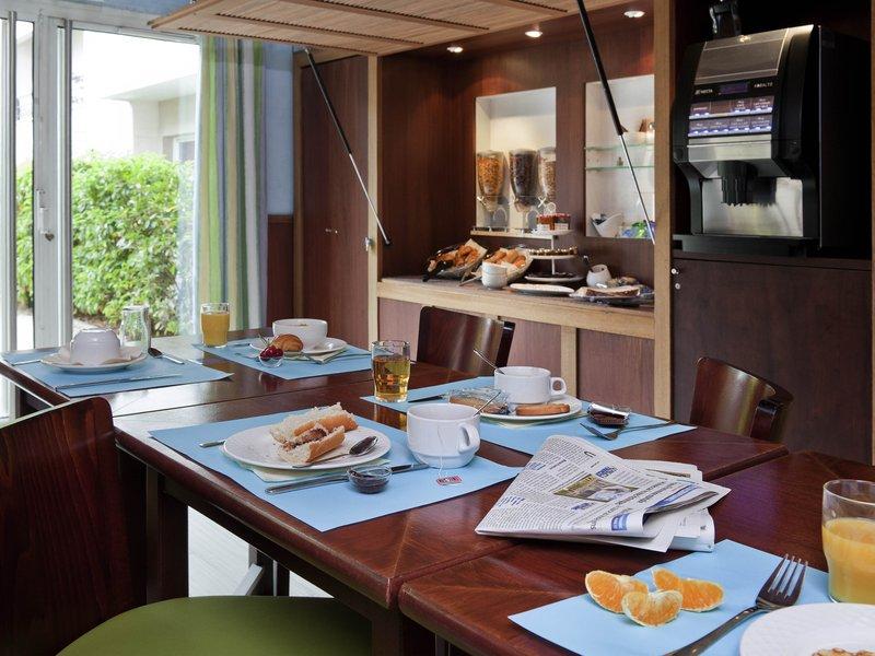 Adagio Buttes Chaumont-Restaurant<br/>Image from Leonardo