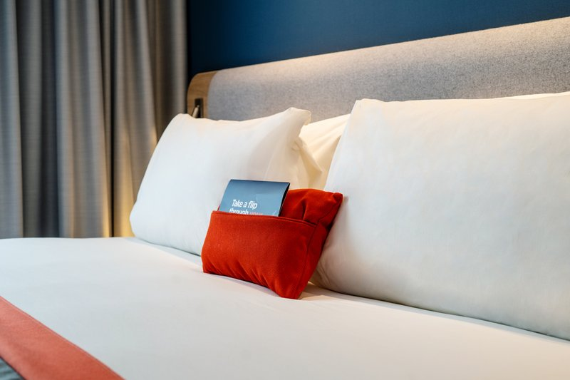 Holiday Inn Express Derry Londonderry-Take your pick from our firm, soft and goosefeather pillows!<br/>Image from Leonardo
