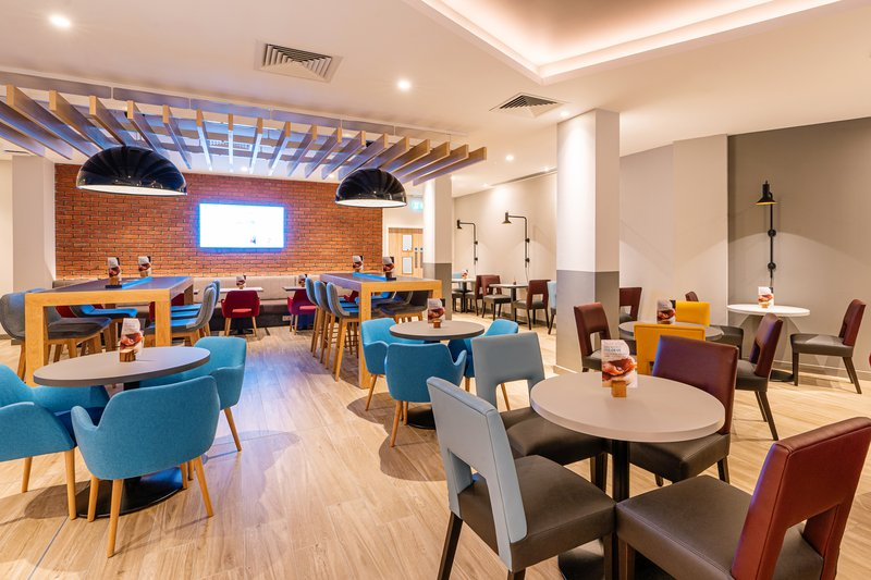 Holiday Inn Express Derry Londonderry-Our All Day Dining menus is ideal for lunch and dinner in Derry! <br/>Image from Leonardo