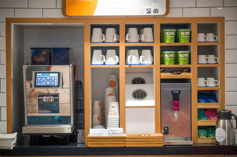 Holiday Inn Express Derry Londonderry-Take time out in our lounge area and enjoy a hot drink.<br/>Image from Leonardo