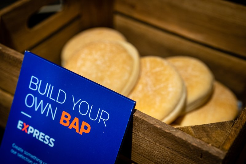 Holiday Inn Express Derry Londonderry-Build your own sausage or bacon bap, Grab n Go bags available!<br/>Image from Leonardo