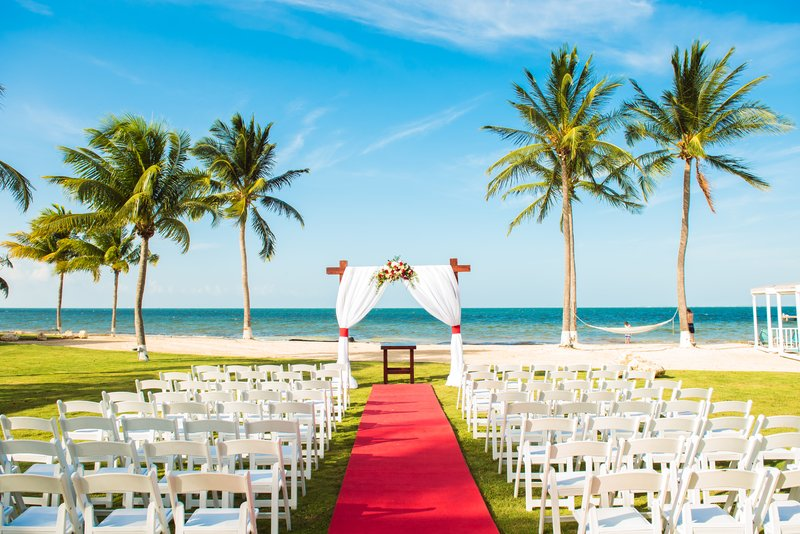 Holiday Inn Resort Grand Cayman-Destination Wedding on The Sunrise Beach Lawn.<br/>Image from Leonardo