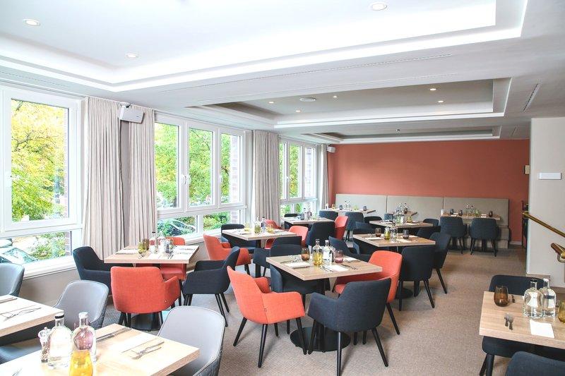 Crowne Plaza Hamburg - City Alst-The Restaurant<br/>Image from Leonardo