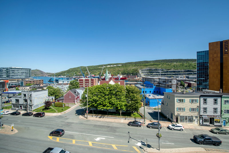 Delta Hotels by Marriott St John's Conference Centre-Guest Room - Harbour View<br/>Image from Leonardo