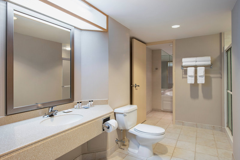 Delta Hotels by Marriott St John's Conference Centre-Whirlpool Suite - Bathroom<br/>Image from Leonardo