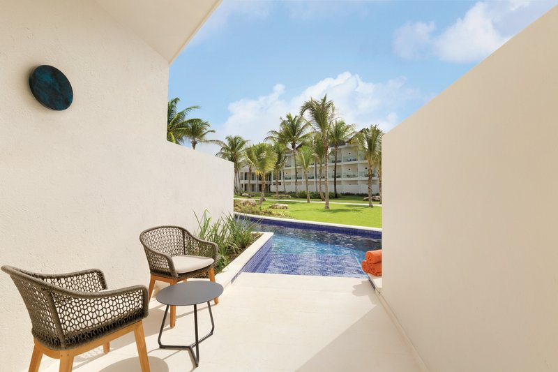 Hilton La Romana, an All Inclusive Adult Rst - Premium Swim Out Garden View Double <br/>Image from Leonardo