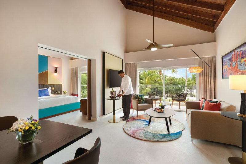 Hilton La Romana, an All Inclusive Adult Rst - Premium Suite Garden View King <br/>Image from Leonardo