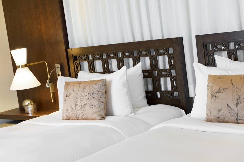 Renaissance Tuscany Il Ciocco Resort And Spa-Twin/Twin Superior Guest Room<br/>Image from Leonardo
