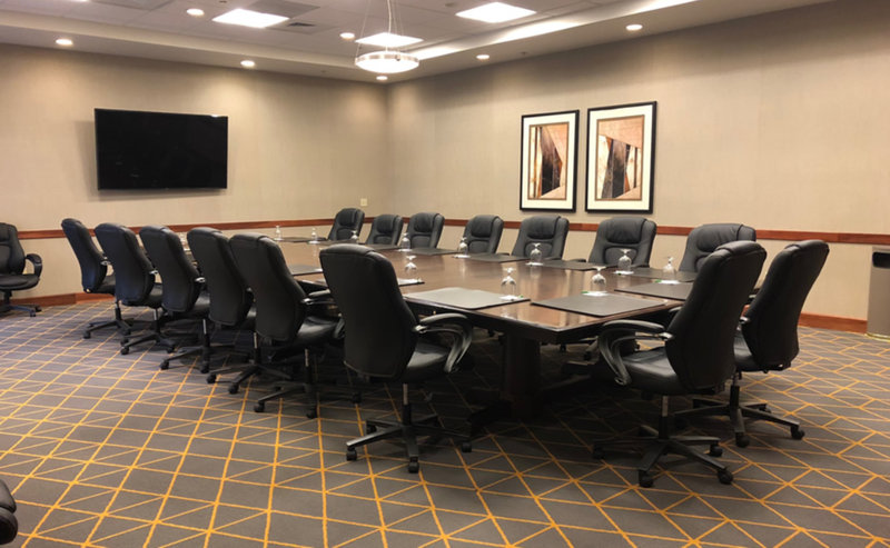 Holiday Inn Ft. Wayne-IPFW & Coliseum-Boardroom<br/>Image from Leonardo