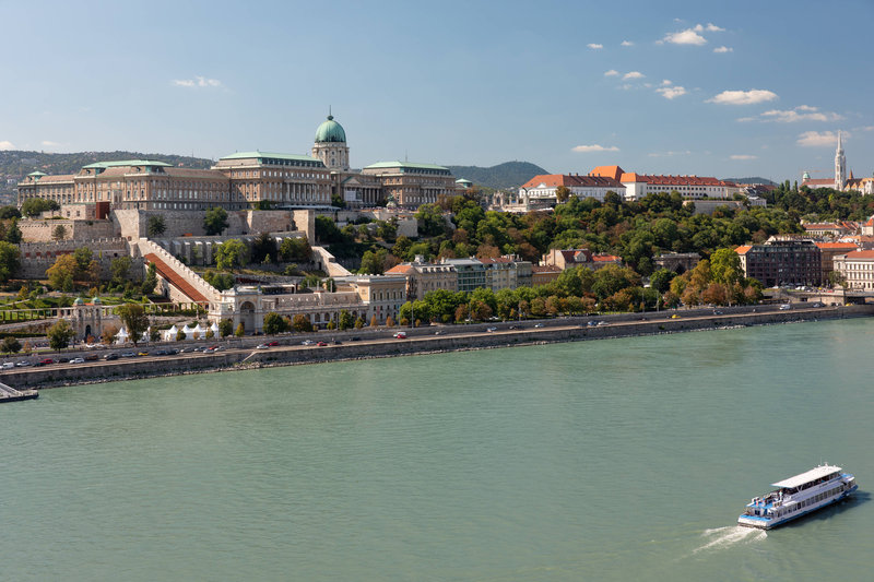 Budapest Marriott Hotel-Guest Room - Buda Castle View<br/>Image from Leonardo