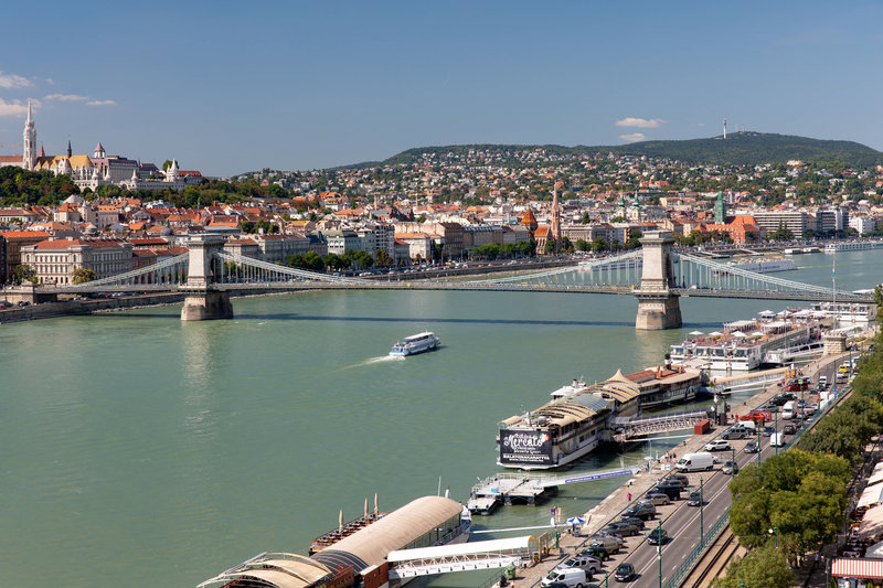 Budapest Marriott Hotel-Guest Room - Chain Bridge View<br/>Image from Leonardo
