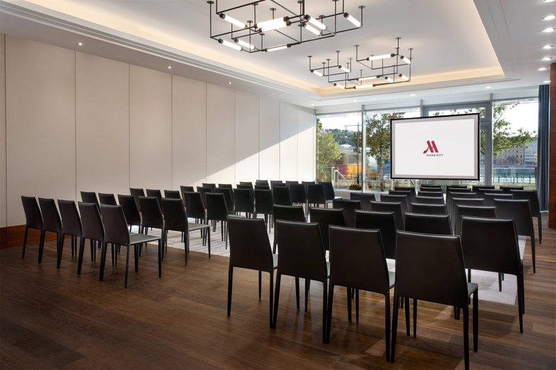 Budapest Marriott Hotel-View 8 - Theater Setup<br/>Image from Leonardo