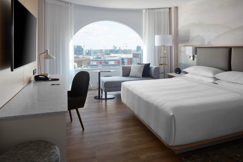 Montreal Marriott Chateau Champlain-King Guest Room<br/>Image from Leonardo