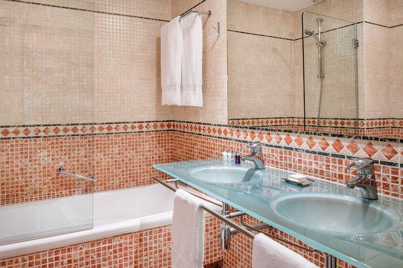 Autograph Collection Hotel Palacio De Santa Paula-King Suite - Bathroom<br/>Image from Leonardo