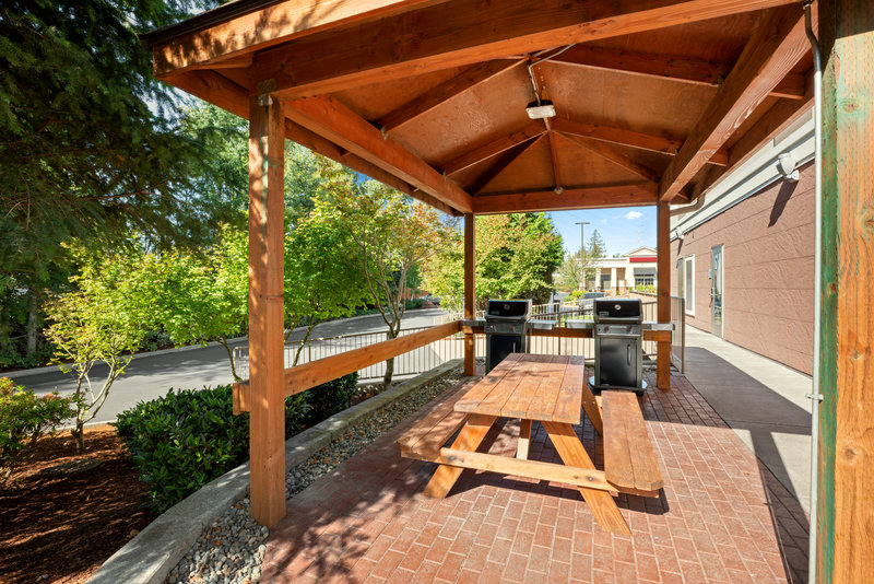 Holiday Inn Express & Suites Marysville-Guest Patio <br/>Image from Leonardo