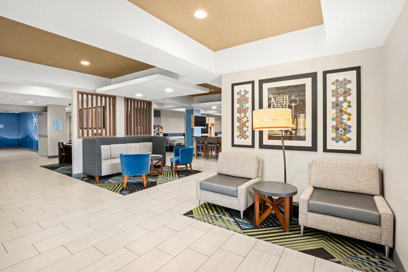 Holiday Inn Express & Suites Marysville-Hotel Lobby <br/>Image from Leonardo
