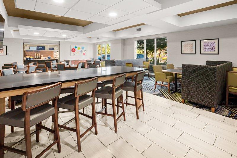 Holiday Inn Express & Suites Marysville-Breakfast Area <br/>Image from Leonardo
