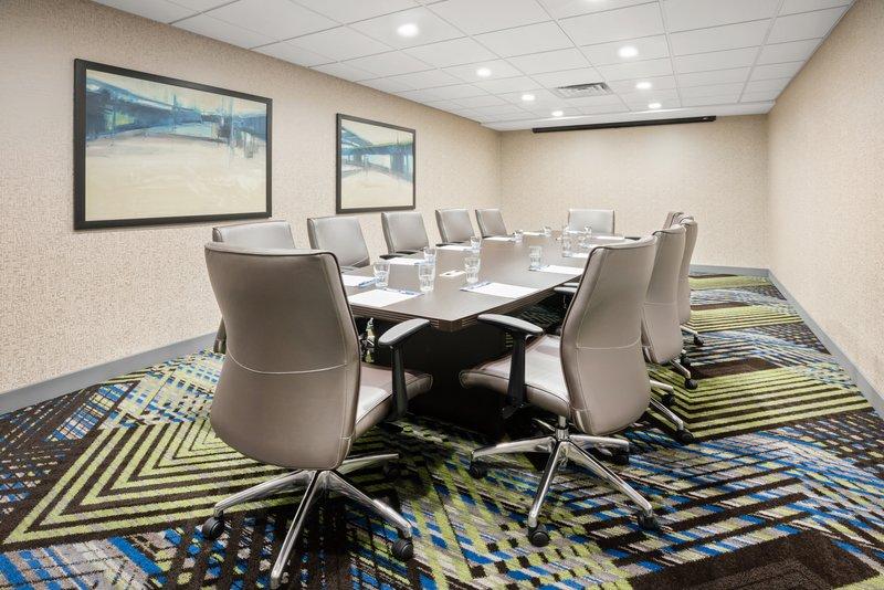 Holiday Inn Express & Suites Marysville-Board Room <br/>Image from Leonardo