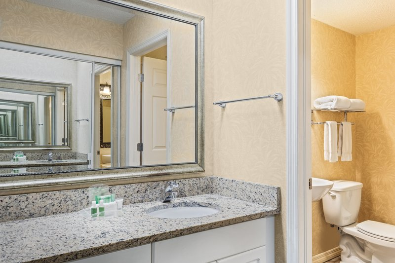 Holiday Inn & Suites Clearwater Beach S Harbour-Studio bathroom offers a separate vanity area. <br/>Image from Leonardo