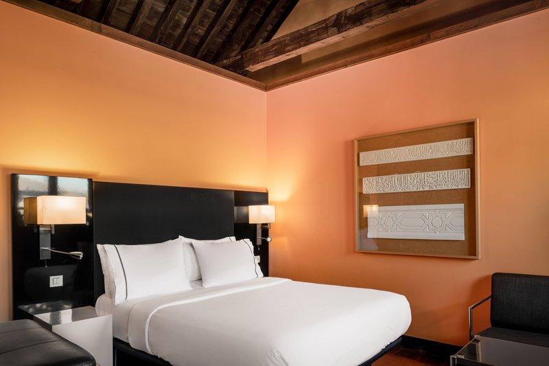Autograph Collection Hotel Palacio De Santa Paula-Superior Queen<br/>Image from Leonardo