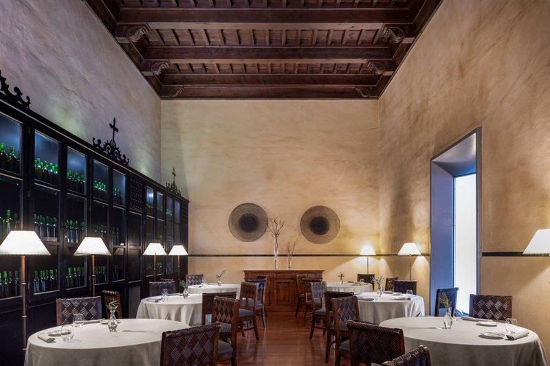 Autograph Collection Hotel Palacio De Santa Paula-El Claustro Restaurant - Dinner<br/>Image from Leonardo