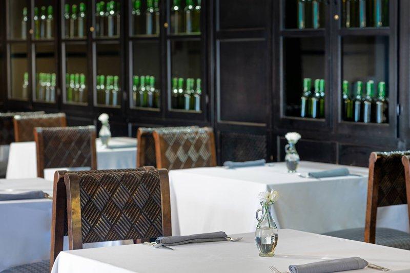 Autograph Collection Hotel Palacio De Santa Paula-El Claustro Restaurant<br/>Image from Leonardo