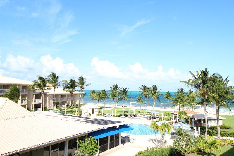Holiday Inn Resort Grand Cayman-North Sound, Caribbean sea, Ocean View, Stingray City<br/>Image from Leonardo