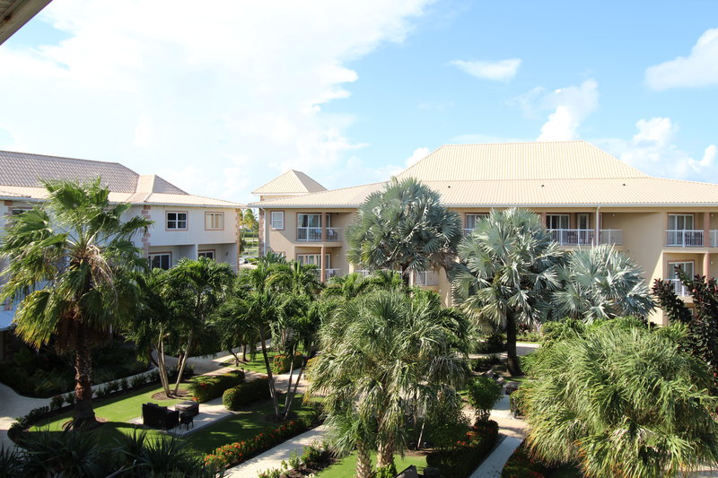 Holiday Inn Resort Grand Cayman-Exterior Feature<br/>Image from Leonardo