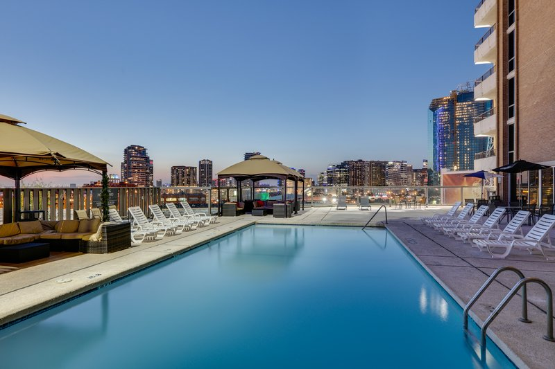 Crowne Plaza Dallas Downtown-Swimming Pool<br/>Image from Leonardo