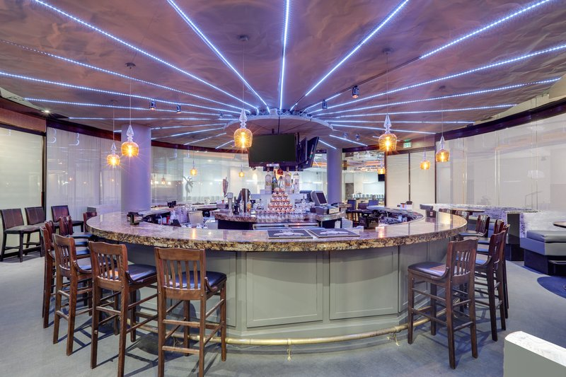 Crowne Plaza Dallas Downtown-Thrive Round Bar<br/>Image from Leonardo