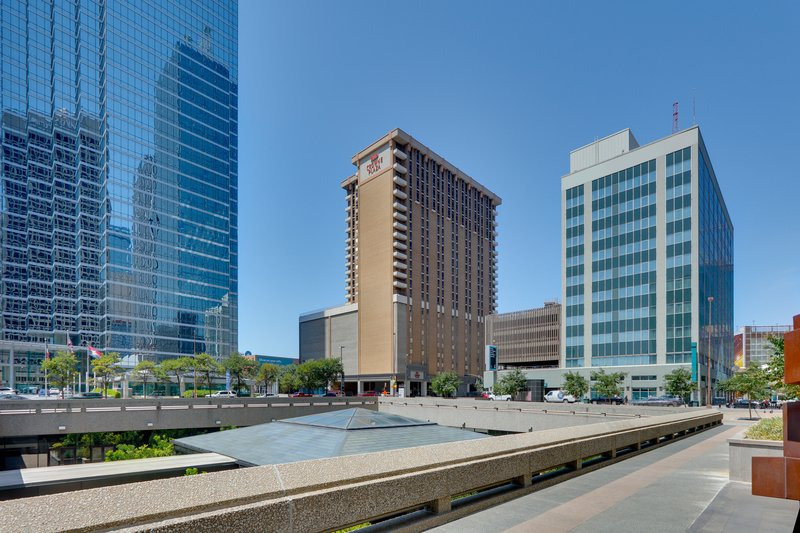 Crowne Plaza Dallas Downtown-Hotel Exterior<br/>Image from Leonardo