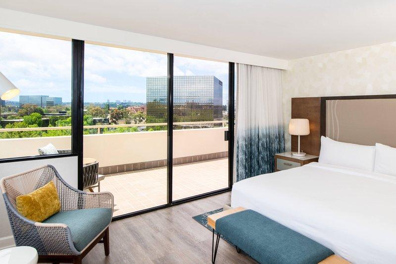 Renaissance Newport Beach Hotel-Executive Suite - Balcony<br/>Image from Leonardo