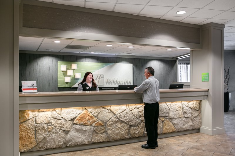 Holiday Inn Hotel & Suites Des Moines-Northwest-Front Desk<br/>Image from Leonardo