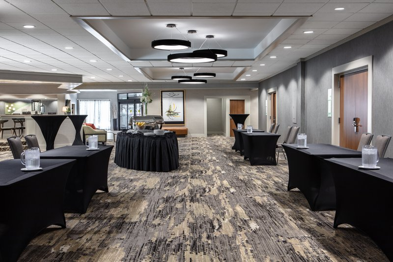 Holiday Inn Hotel & Suites Des Moines-Northwest-No ordinary Lobby!  Our Pre-Function is buzzing at break times.<br/>Image from Leonardo