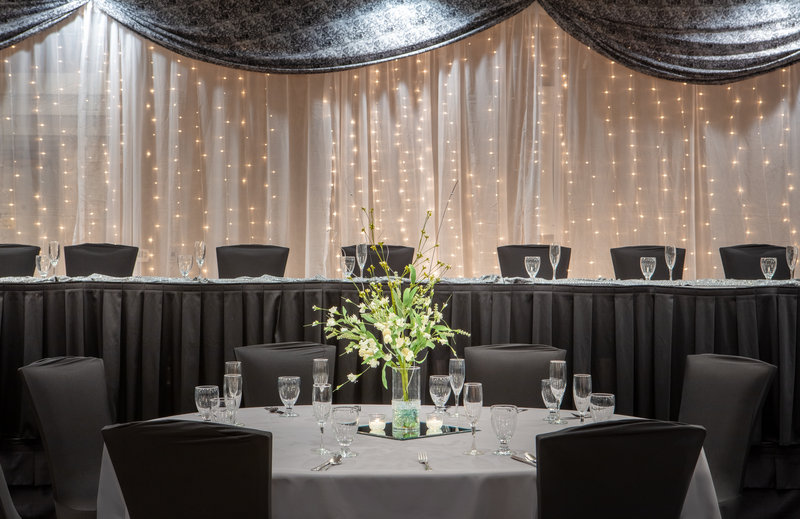 Holiday Inn Hotel & Suites Des Moines-Northwest-I Do...We Do!  We'll provide the backdrop for your memories.<br/>Image from Leonardo