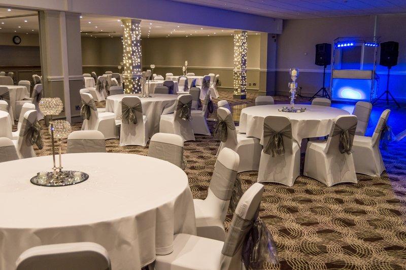 Holiday Inn Leeds - Garforth-Evening Weddings<br/>Image from Leonardo