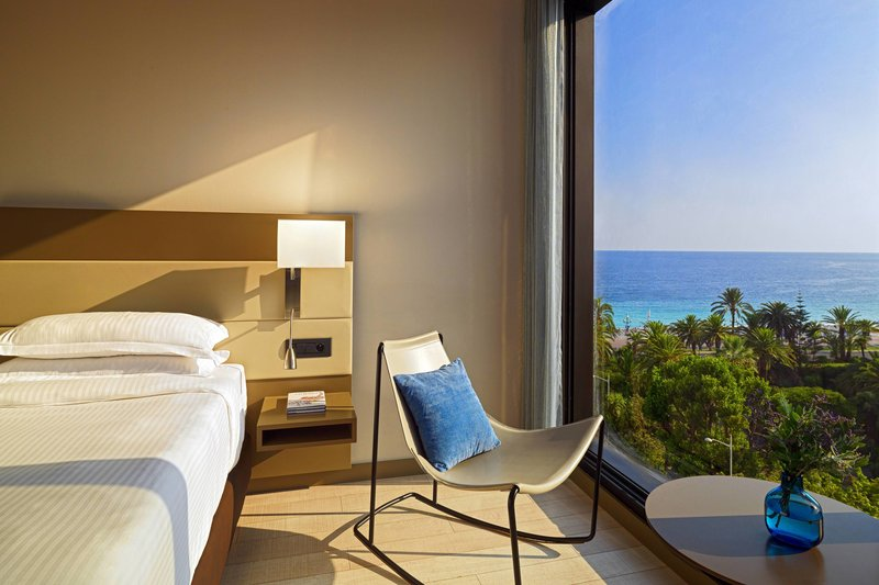 AC Hotel Nice-Deluxe Partial Ocean View Guest Room - Sitting Area<br/>Image from Leonardo