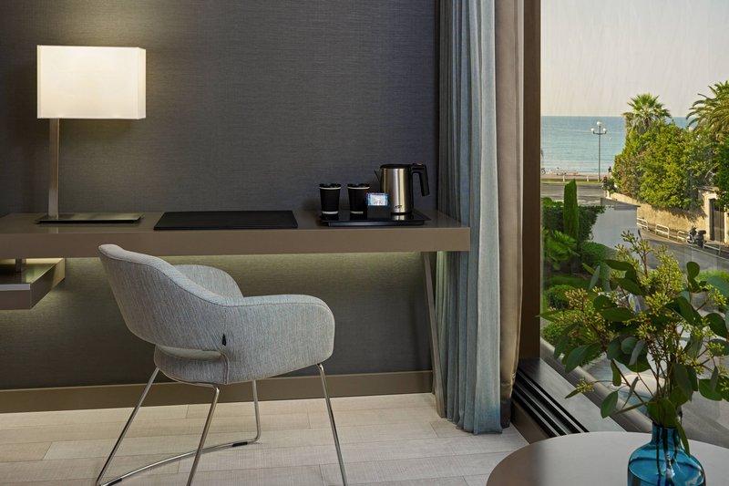AC Hotel Nice-Deluxe Guest Room - Desk<br/>Image from Leonardo