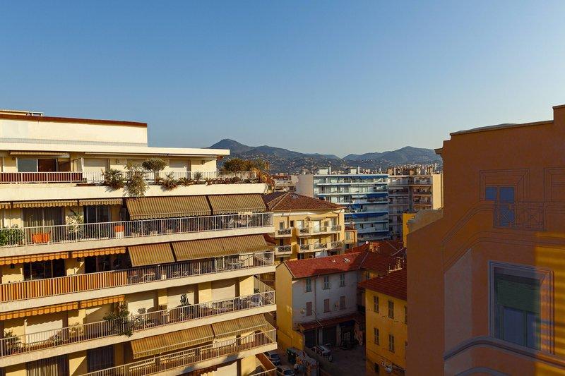 AC Hotel Nice-Family Junior Suite - City View<br/>Image from Leonardo