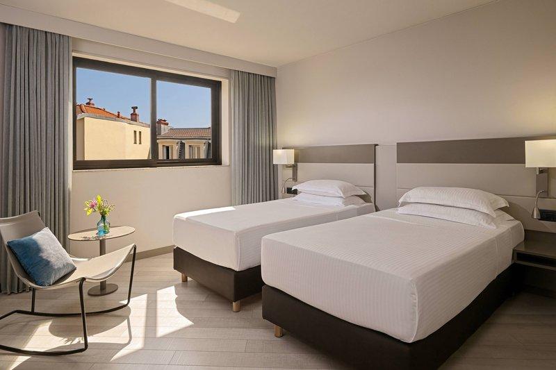 AC Hotel Nice-Junior Twin/Twin Suite - Sleeping Area<br/>Image from Leonardo