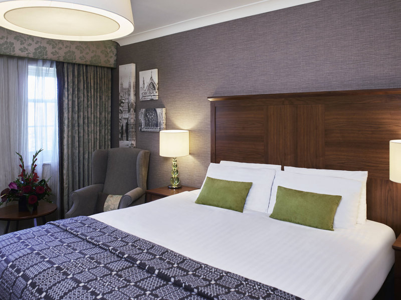 Mercure Exeter Southgate-Guest Room<br/>Image from Leonardo