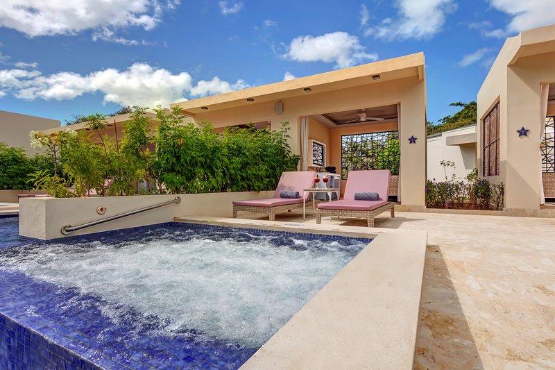 Planet Hollywood Beach Resort Costa Rica - Cabanas <br/>Image from Leonardo