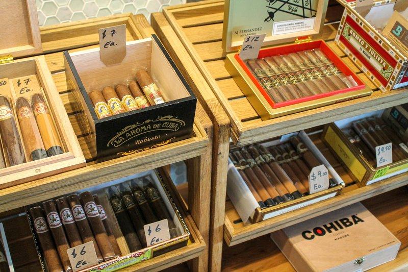 Marriott San Juan Resort - Gingambo - Cigar Bar <br/>Image from Leonardo