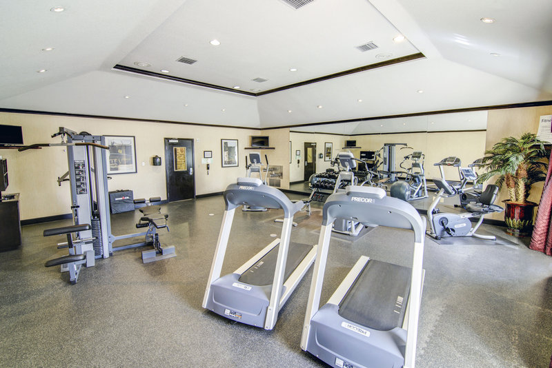 Holiday Inn Arlington NE-Rangers Ballpark-Our Fitness Center will help you stay active while away from home.<br/>Image from Leonardo