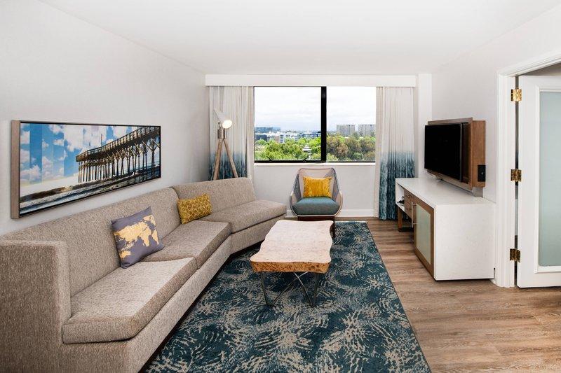 Renaissance Newport Beach Hotel-Executive Suite - Living Room<br/>Image from Leonardo