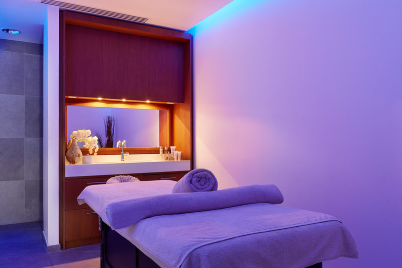 Crowne Plaza Paris - Charles de Gaulle-Spa<br/>Image from Leonardo