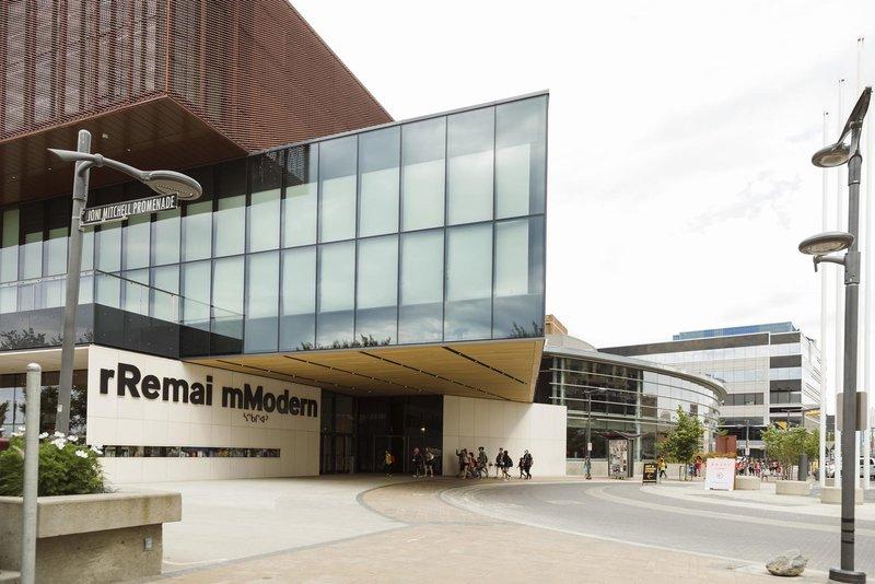 Holiday Inn Saskatoon Downtown-Remai Modern Art Gallery<br/>Image from Leonardo
